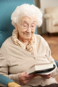 NHReadingSeniorLady